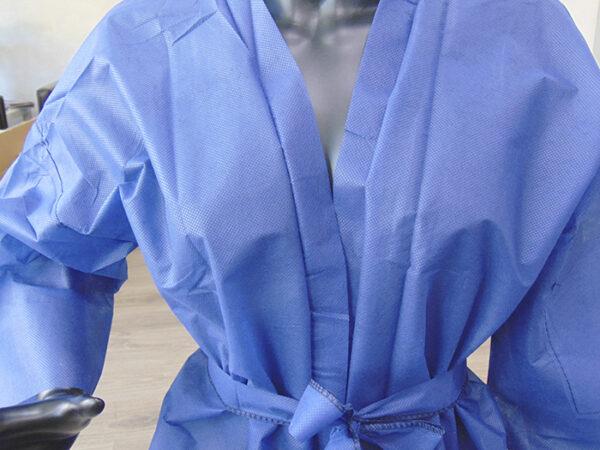 kimonos desechables peluqueria azules 3