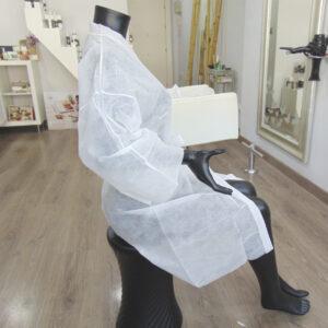 kimonos desechables peluqueria blancos
